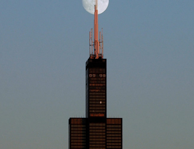 The full Moon and the Willis Tower