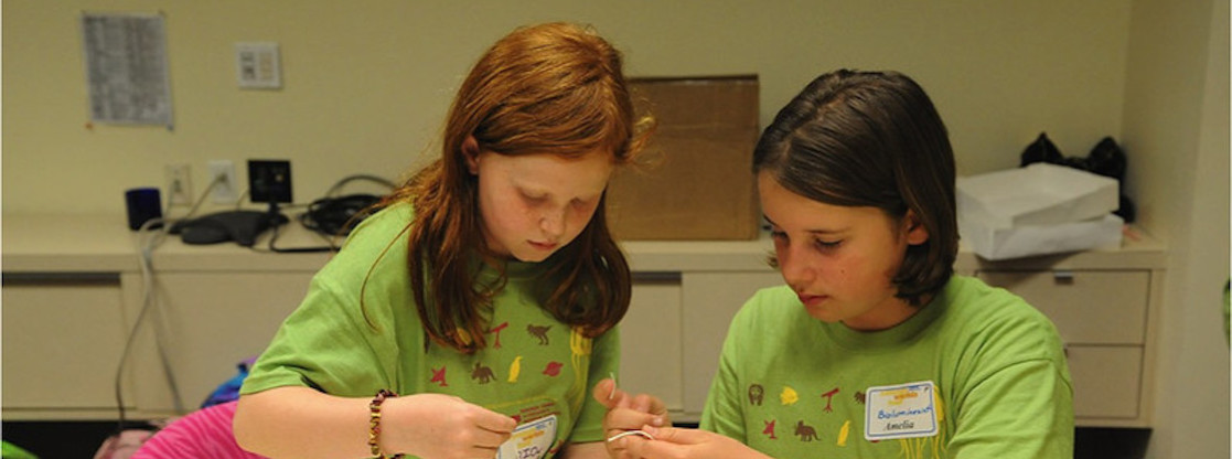 Discover new worlds, engage in eye-opening experiments and play next to Lake Michigan this summer during an Adler Planetarium summer camp!