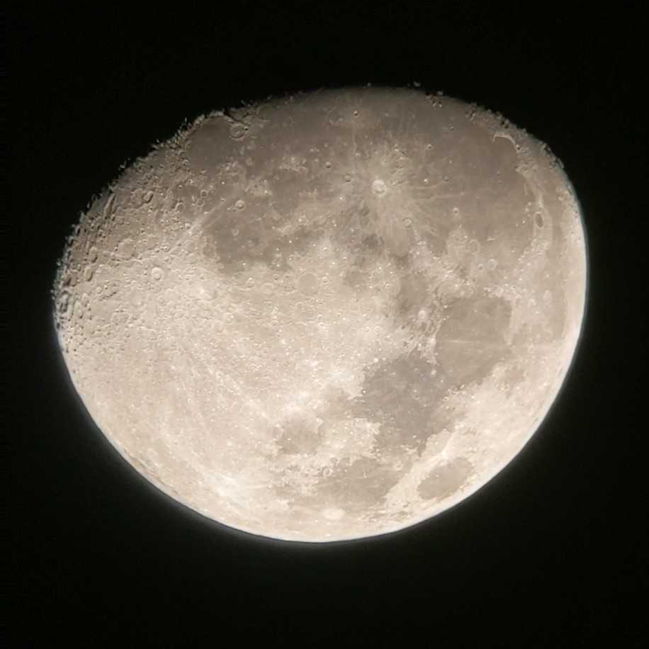 Astrophotography picture of the Moon
